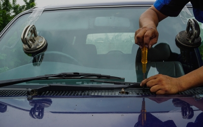 How Does a Windshield Repair Work?